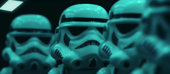 Star Wars 7 - The Force Awakens : la bande annonce (déjà) parodiée en Lego