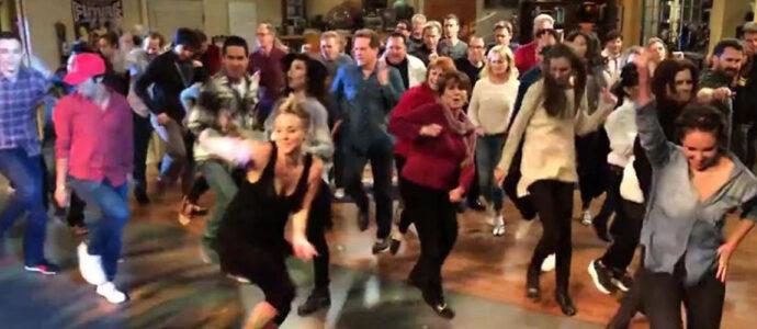 The Big Bang Theory : découvrez leur flash mob de 2014