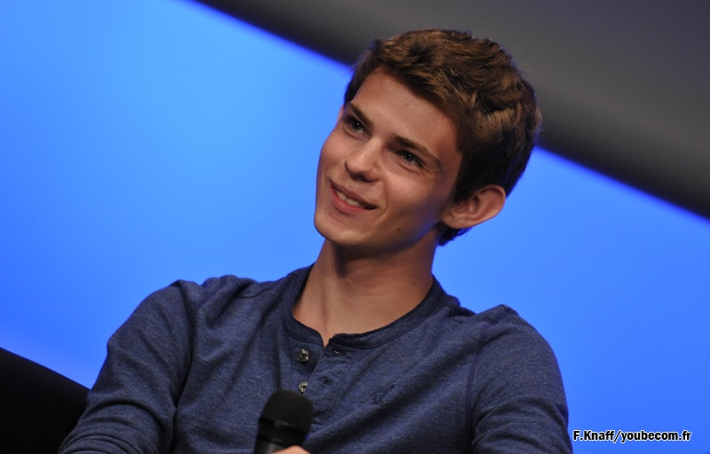 Once Upon A Time : Robbie Kay (Peter Pan) participera à la convention Fairy Tales 2
