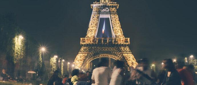 """""""Paris est une fête"""", le livre de cœur des Français"""
