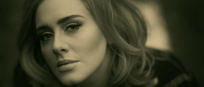 """Adele et son clip """"Hello"""" dépassent le milliard de vues en 87 jours"""