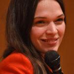 Convention séries / cinéma sur Anna Brewster