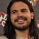 Convention séries / cinéma sur Carlos Valdes