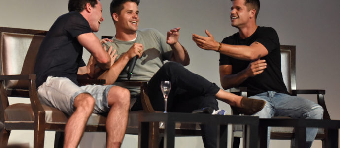 The Full Moon Is Coming Back Again - Ryan Kelley, Max Carver & Charlie Carver - Photo : Rostercon.com / Youbecom.fr