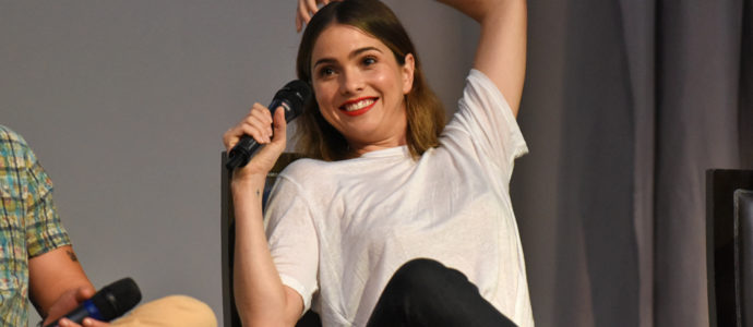 The Full Moon Is Coming Back Again - Shelley Hennig - Photo : Rostercon.com / Youbecom.fr