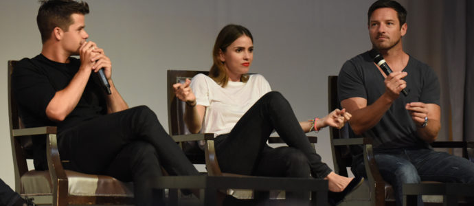The Full Moon Is Coming Back Again - Max Carver, Shelley Hennig et Ian Bohen - Photo : rostercon/youbecom
