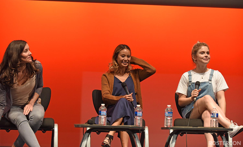 Panel Rachel Shelley, Jamie Chung & Rose McIver - Fairy Tales 5