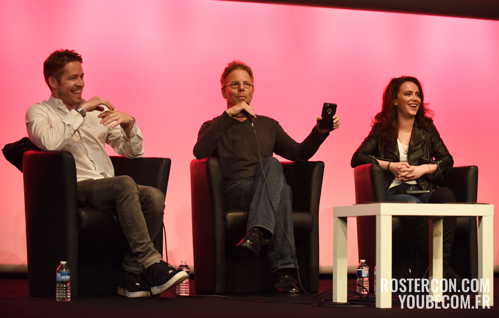 Amy Manson, Greg Germann et Sean Maguire : les photos du panel de la convention Fairy Tales 4