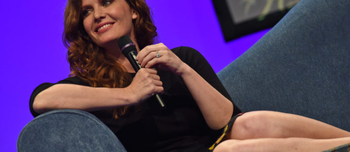 "Rebecca Mader : ""During conventions in Brazil, I feel like Justin Bieber"""