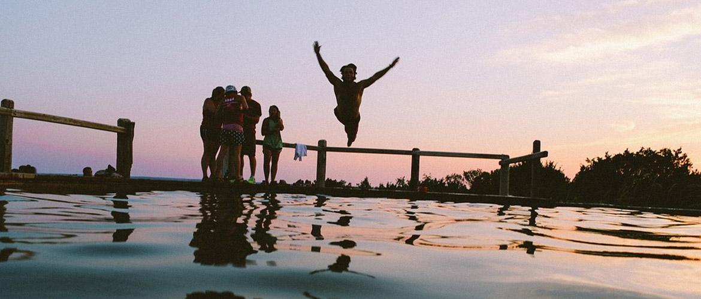Les jeunes plus économes sauf pour les vacances