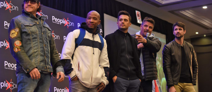 Craig Sheffer, Antwon Tanner, Stephen Colletti, Paul Johansson & James Lafferty - One Tree Hill - Back To The Rivercourt