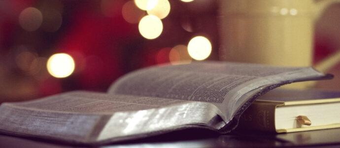 Calendrier de l'avent littéraire - 8 décembre : Les gens heureux lisent et boivent du café / Agnès Martin-Lugand