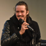 Panel César Domboy - The Land Con - Outlander