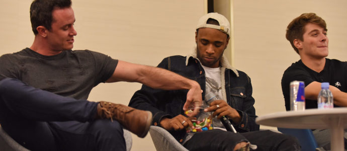 Ryan Kelley, Khylin Rhambo, Froy Gutierrez - Wolfies In Paris - Teen Wolf
