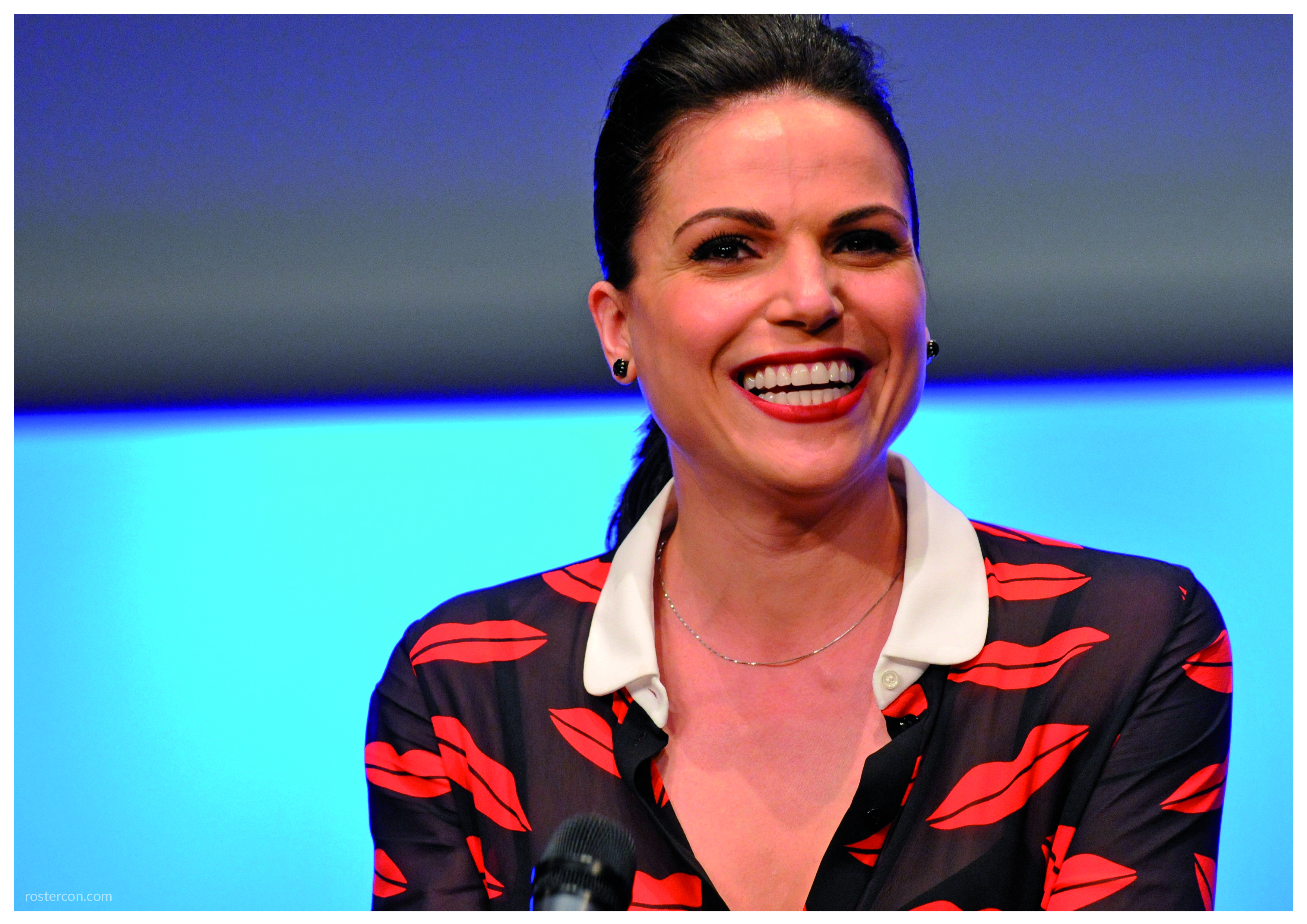 roster con tv show and movie conventions lana parrilla autograph support once upon a time
