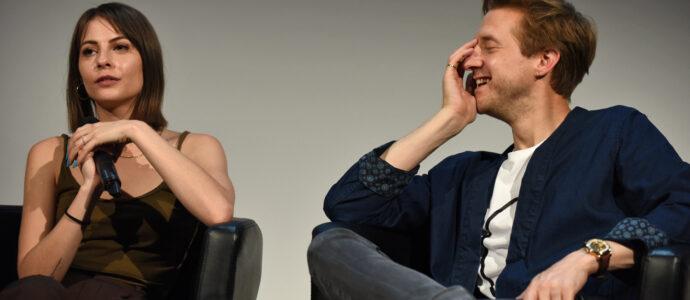 Q&A Willa Holland & Arthur Darvill - Arrow, Legends of Tomorrow - Heroes Assemble