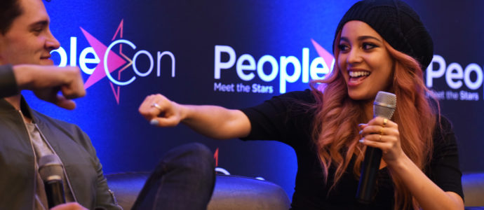 Retour sur le panel Casey Cott / Vanessa Morgan à la convention Riverdale