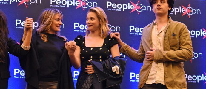 Mädchen Amick, Lili Reinhart & Cole Sprouse - Rivercon - Convention Riverdale