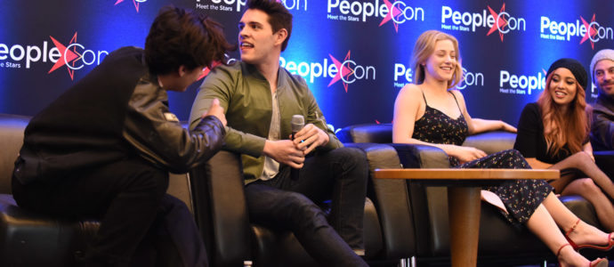Cole Sprouse, Casey Cott, Lily Reinhart, Vanessa Morgan & Skeet Ulrich - Rivercon - Convention Riverdale