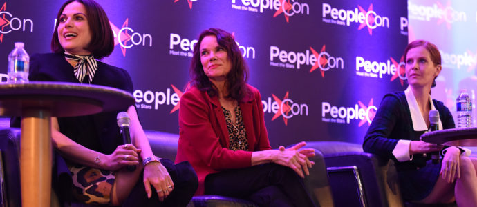 Lana Parrilla, Barbara Hershey & Rebecca Mader - The Happy Ending Convention 2 - Once Upon A Time