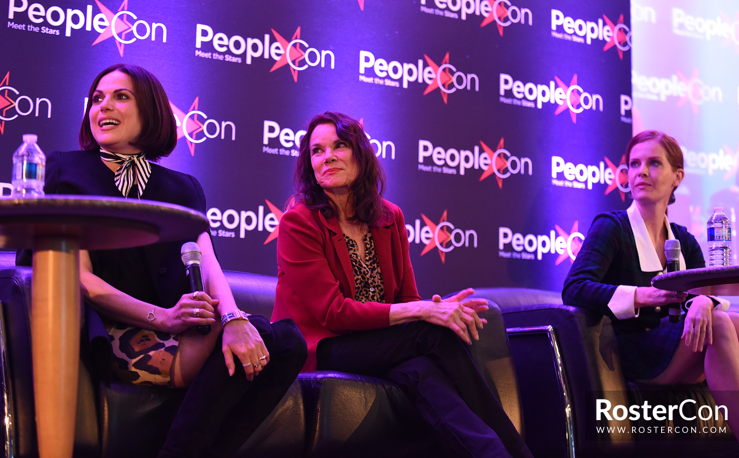 Lana Parrilla, Barbara Hershey & Rebecca Mader - The Happy Ending  Convention 2 - Once