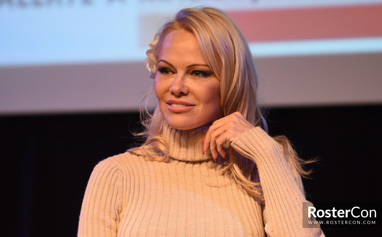 Pamela Anderson   Roster Con
