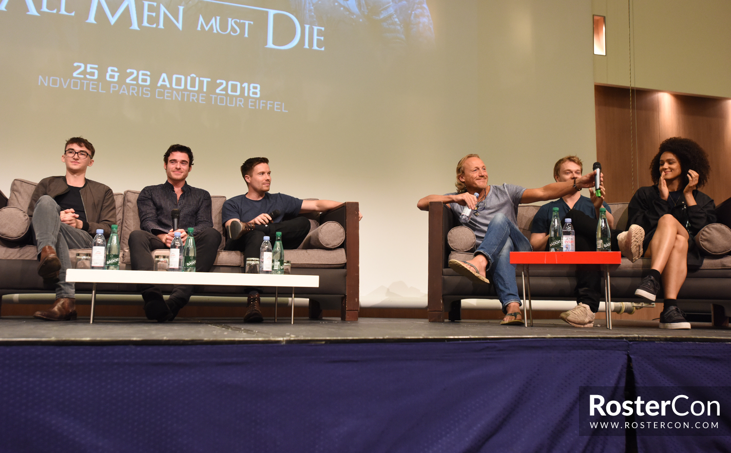 Conventions et autres sorties - Page 11 Convention-game-of-thrones-10