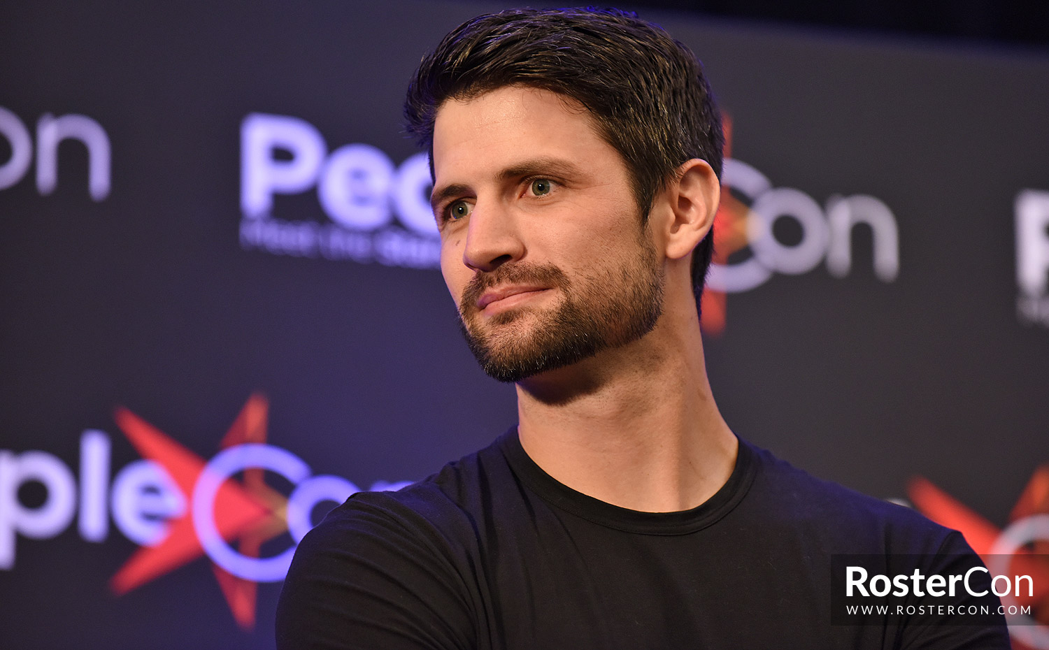 "James Lafferty : ""It's astonishing how much One Tree Hill still means to everybody"""