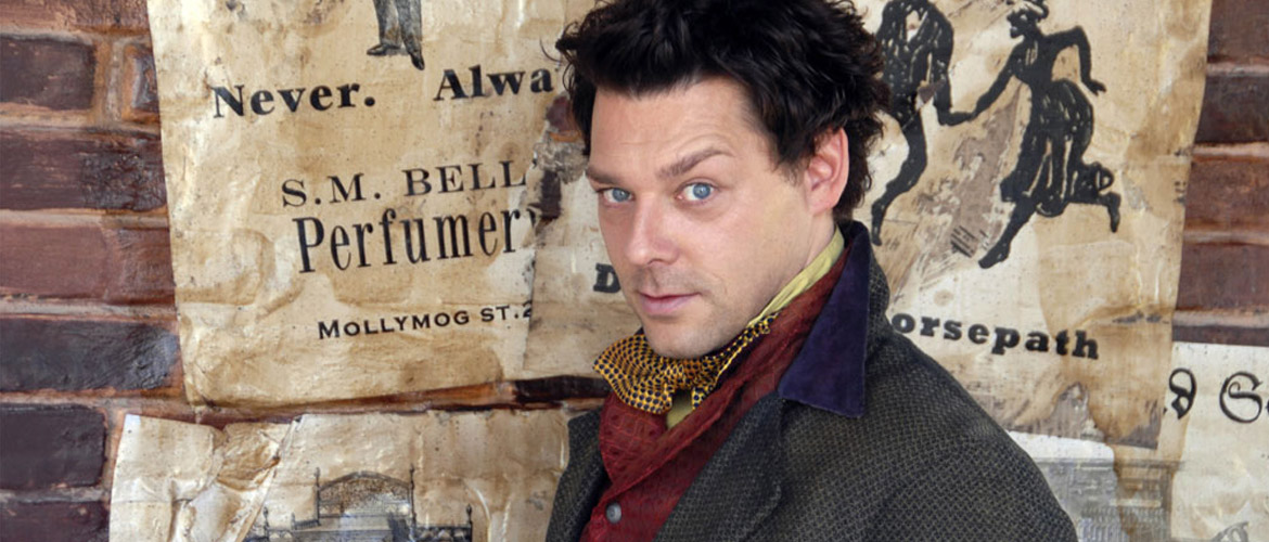 Netflix's Sabrina reboot : Richard Coyle will be the bad guy