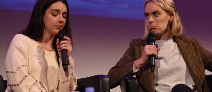 Panel Adelaide Kane & Rachel Skarsten - Reign - Long May She Reign