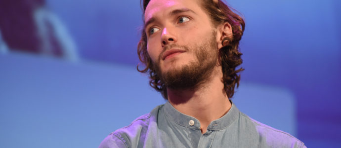 Toby Regbo - Convention Reign - Long May She Reign