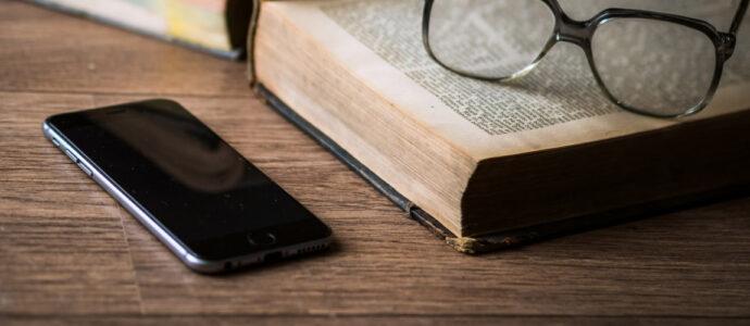 5 applications littéraires à tester cet été