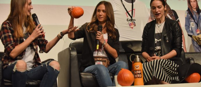 Panel Wynonna Earp - Melanie Scrofano, Dominique Provost-Chalkley & Katherine Barrell - For The Love of Fandoms