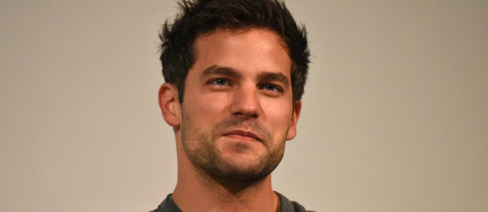 Pretty Little Liars : Brant Daugherty est le premier invité de la convention BAck to the Dollhouse