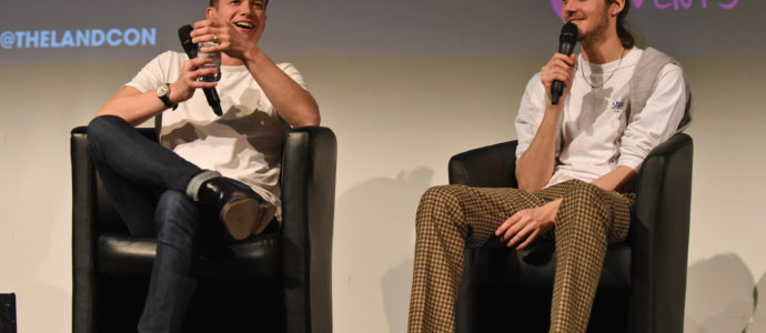 Panel Edward Speleers & Cesar Domboy - Outlander - The Land Con 3
