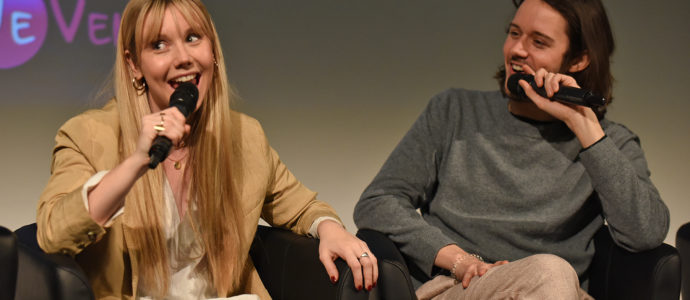 Panel Lauren Lyle & Cesar Domboy - Outlander - The Land Con 3