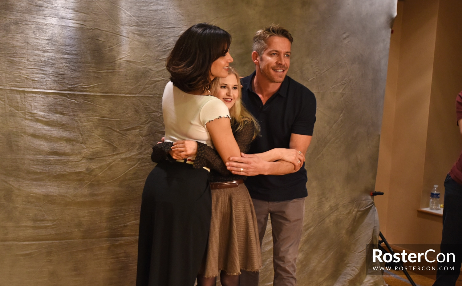 Lana Parrilla & Sean Maguire - The Happy Ending Convention 3 - Once Upon A Time