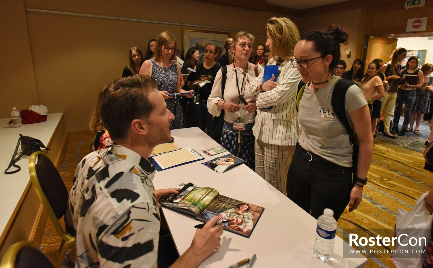 Josh Dallas - The Happy Ending Convention 3 - Once Upon A Time