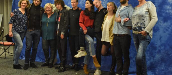 Group Photo - The Land Con 3 - Outlander