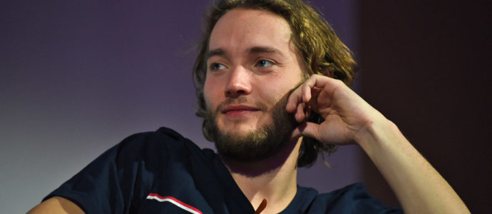 Reign : Toby Regbo de retour en France pour la convention Long May She Reign 2