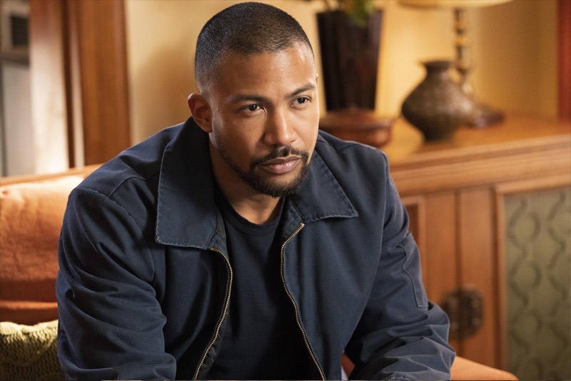 Charles Michael Davis dans For The People - Crédit Photo : ABC / Mitch Haaseth