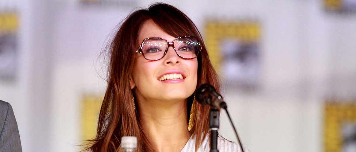 Kristin Kreuk (Smallville, Beauty and the Beast) will attend the 29th Paris Manga & Sci-Fi Show