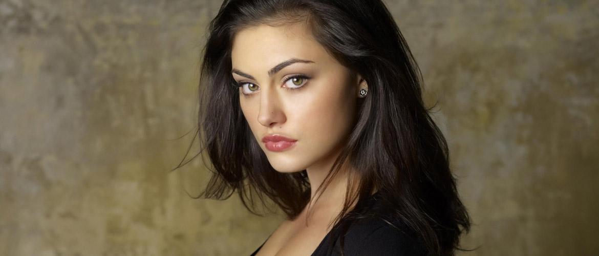 Phoebe Tonkin (The Originals, H2o) will be in Paris in 2021 for the For The Love Of Fandoms 2 convention
