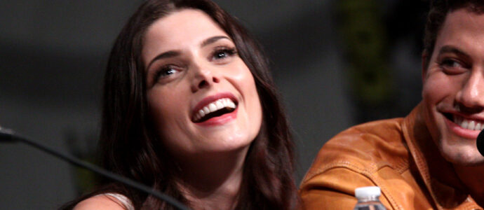 Twilight : Ashley Greene présente à la convention virtuelle Spooky Con