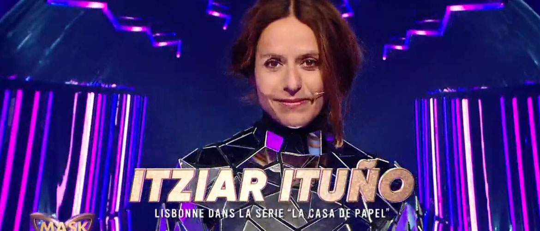 """Itziar Ituño (La Casa De Papel) cachée sous """"La Ballerine"""" dans Mask Singer"""