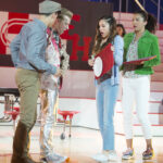 Photo High School Musical: The Musical: The Series – Episode 109: Opening Night - Joe Serafini (Seb), Olivia Rodrigo (Nini) & Sofia Wylie (Gina)