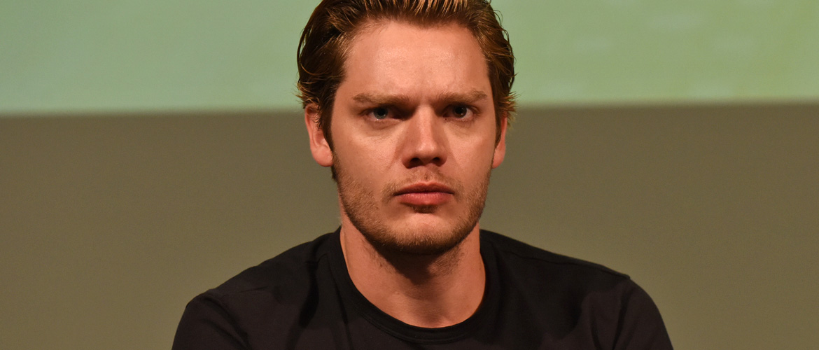 Shadowhunters: Dominic Sherwood to attend the Dream It At Home 12