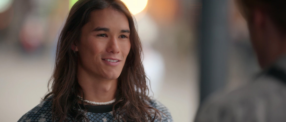 Booboo Stewart (Descendants, Julie and the Phantoms) at the Dream It At Home 13 convention